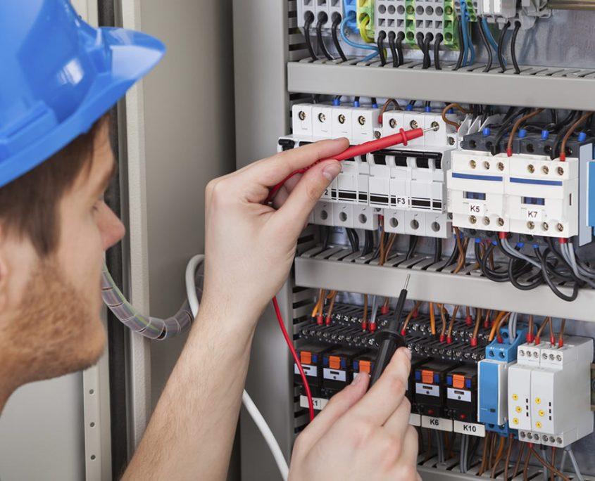 Pronto-intervento-elettricista-celori-costruzioni
